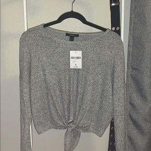 Heather gray knit top
